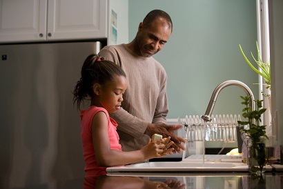 Father's washing up with daughter on father's day after breakfast- fathers day gift blog